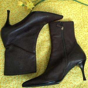 Gucci heeled boots!